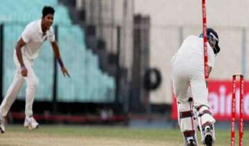 pacer dinda asked to join team india in ahmedabad...