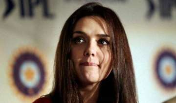 preity rubbishes rumours of selling her ipl team...