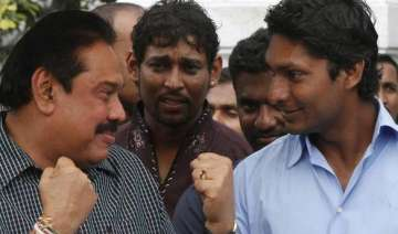 rajapaksa consoles lankan cricket players - India...