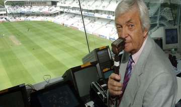 richie benaud in hospital after car accident -...