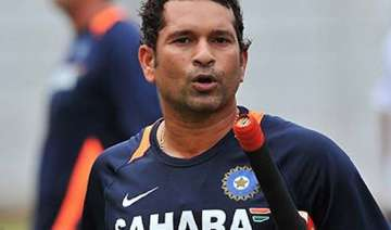 sachin likely to play in remaining odis - India TV