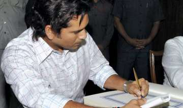sachin not keen on staying in any govt bungalow -...