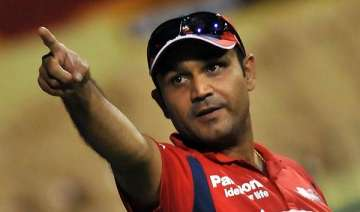 selectors faced with dilemma on sehwag - India TV