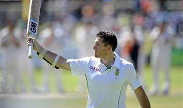 smith signs off in 16th position in icc test...