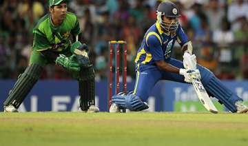 sri lanka beats pakistan to lead 2 1 in odi...