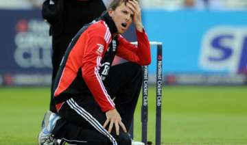 swann takes a dig at indian batting lineup -...