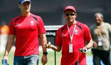 taufel dar among 17 umpires named for ipl - India...