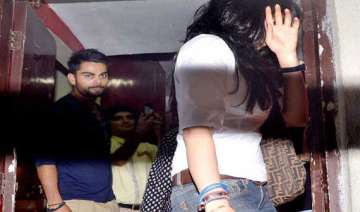 virat kohli again spotted with a girl - India TV