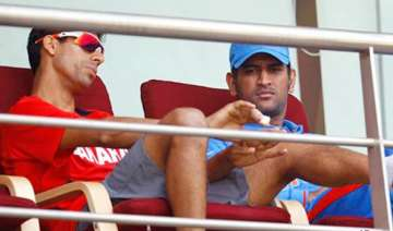with nehra out dhoni in a dilemma over fourth...