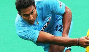raghunath s golden goal puts india in semifinals...
