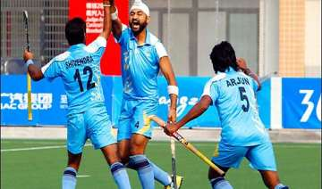 six more indian hockey players break ties with...