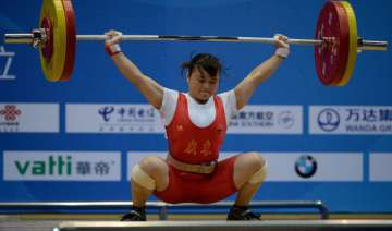 chinese lifter wins women s 53kg gold - India TV