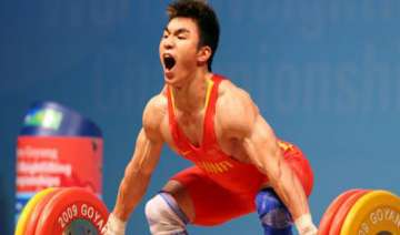 chinese lifter breaks world record - India TV