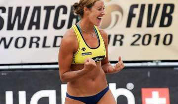hottest player of beach volleyball denise johns -...