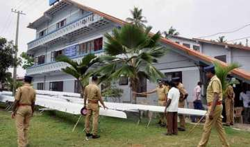 kerala police recovers suicide note in sai...