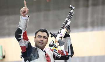 gagan narang wins world cup bronze secures quota...