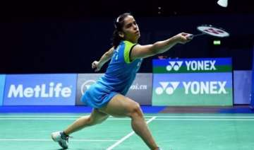 saina in last four of superseries finals - India...