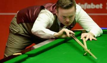 murphy crushes robertson to win snooker masters -...