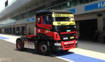 season 2 of tata motors run prima truck racing in...