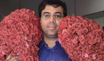 jaya hands over rs 2 crore to viswanathan anand -...