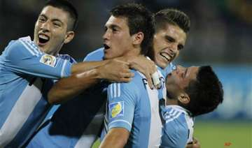 argentina starts with victory brazil draws -...