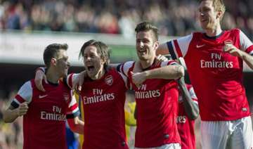 arsenal into fa cup semis united wins in league -...