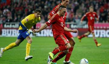 bayern overcomes ribery red to beat cologne 3 0 -...