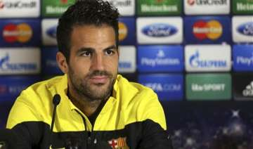 chelsea signs fabregas from barcelona - India TV