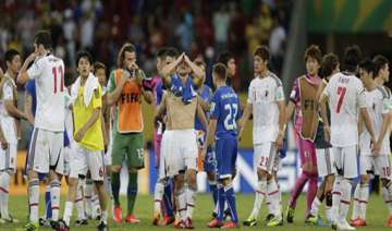 confederations cup japan gives italy a scare lose...