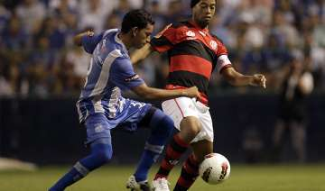 emelec rallies to stay alive in copa libertadores...