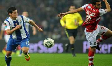 fc porto plays zenit for survival in champs...