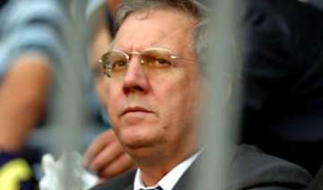 fenerbahce president faces match fixing charges -...