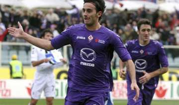 fiorentina wins 5th straight inter draws at home...