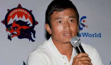 footballer bhutia eyes a political goal - India TV