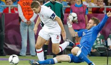 gerrard accepts english flaws after euro 2012...