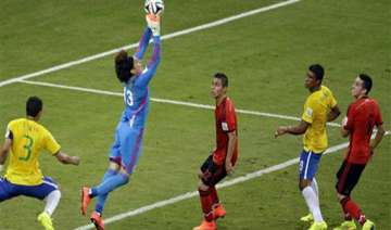 how mexican goalkeeper ochoa thwarted brazilians...