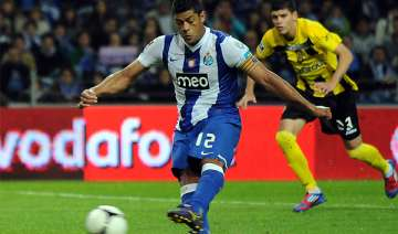 hulk scores 2 porto beats beira mar 3 0 - India TV