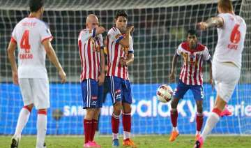 isl injury time goal gives delhi 1 0 win over...