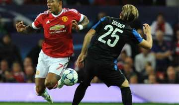 memphis depay double rescues manchester united in...