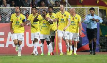 isl 2015 41 indian players retained 23 signed...