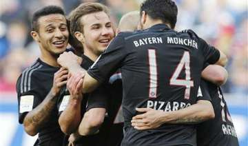 bayern closes in bundesliga title with win over...
