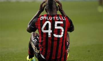 italy coach cesare defends balotelli call up...