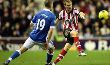 larsson grabs late winner for sunderland - India...