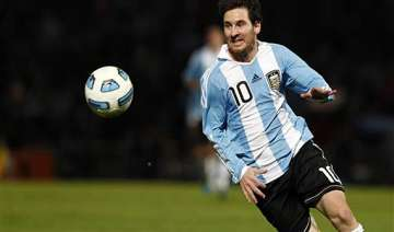 messi to continue playing for argentina - India TV