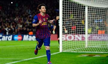 messi s 2 penalties lead barca past milan 3 1 -...