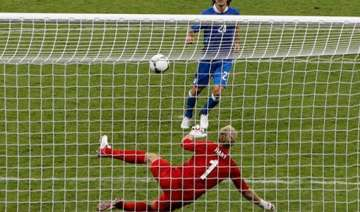 pirlo sets the pace in italy s win over england -...
