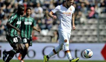 roma beats sassuolo 2 0 in serie a - India TV