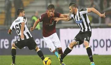 serie a 10 man roma beats udinese 1 0 to set...