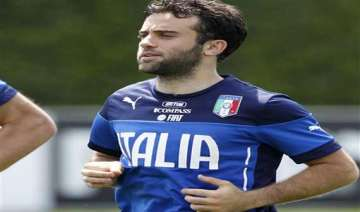us born rossi left off italy s world cup squad -...