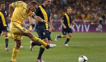 ukraine beats sweden 2 1 at euro 2012 - India TV